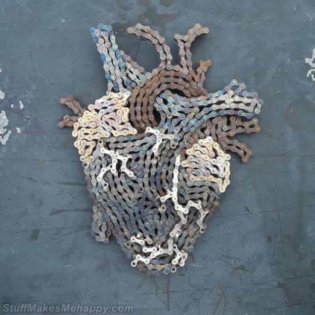 Artist Drew Evans Recycles Bicycle Chains into Amazing Sculptures