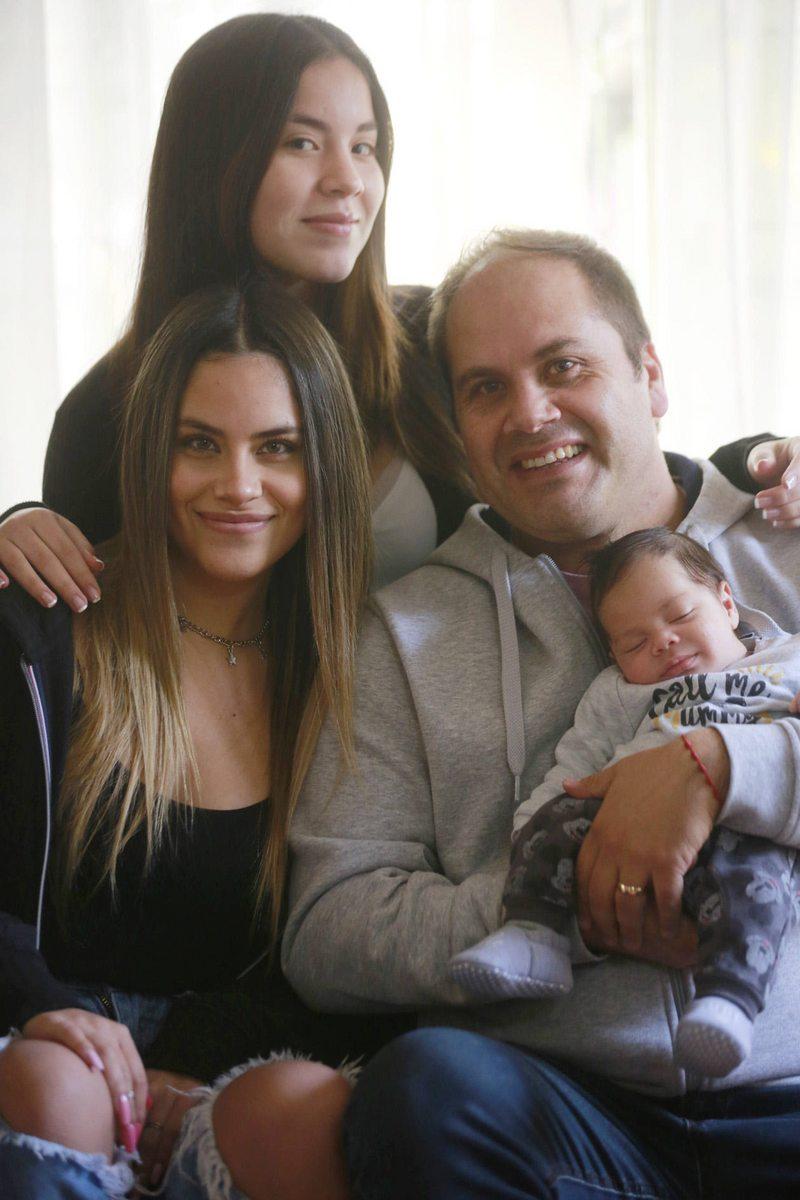 Pato Neira volvió a la crianza con hijas grandes