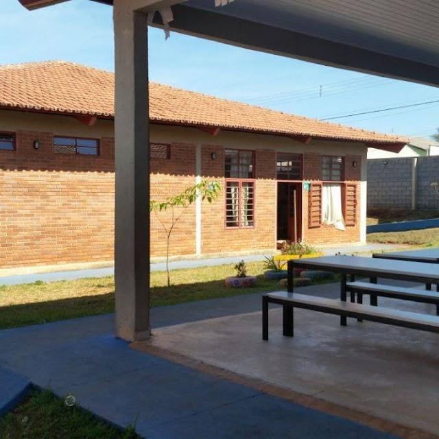 CMEI em Goiânia descumpre decreto sobre Covid-19 e não dispensa seus profissionais