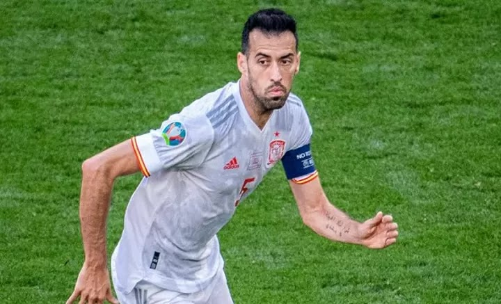Real Madrid great Hierro hails Barca veteran Busquets: Father to Spain squad