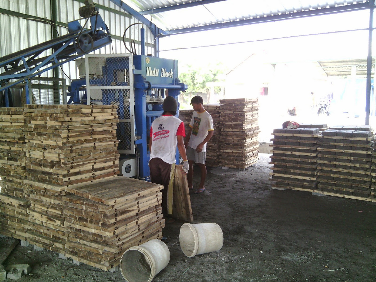 mesin paving block