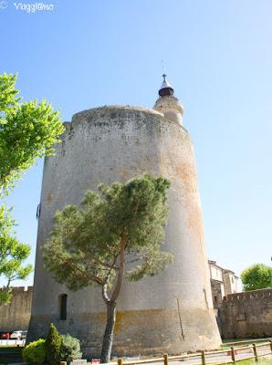 La Torre di Costanza è uno degli edifici più imponenti di Aigues Mortes