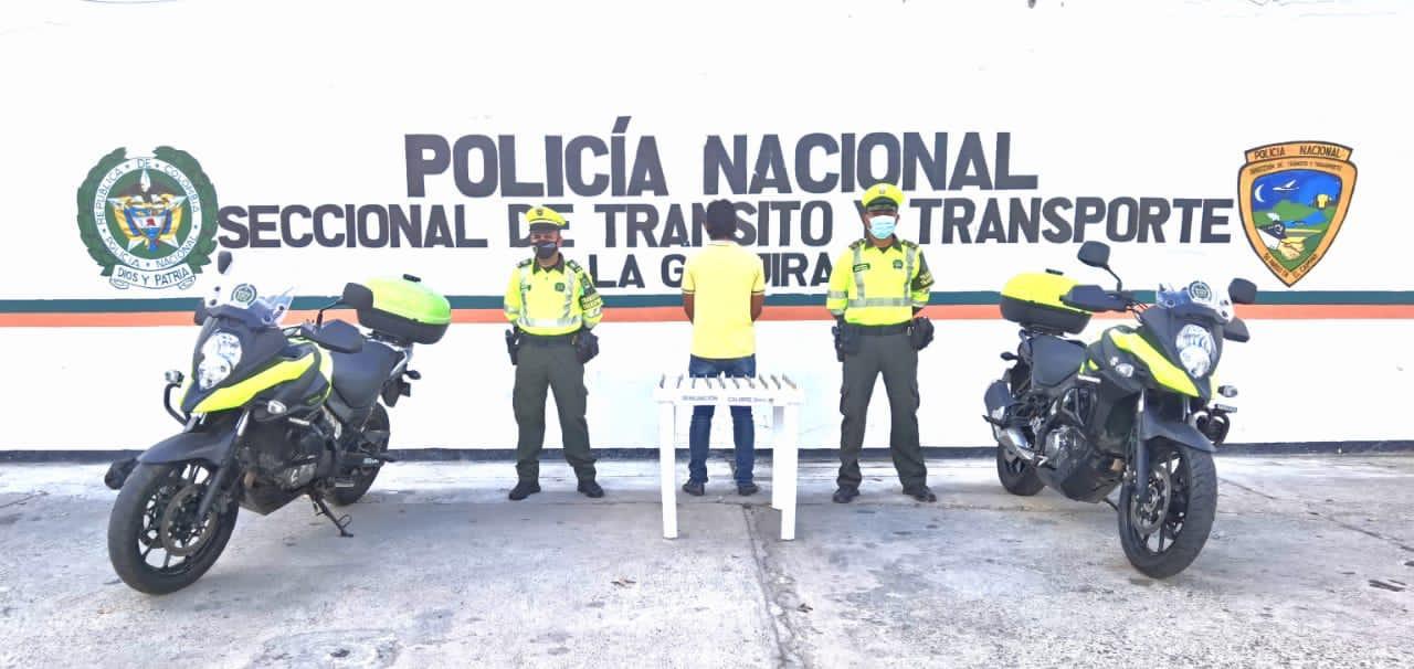 https://www.notasrosas.com/Setra captura a tres personas en La Guajira durante operativos de Semana Santa