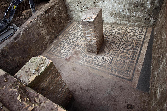 Rome metro work uncovers 'House of Commander'
