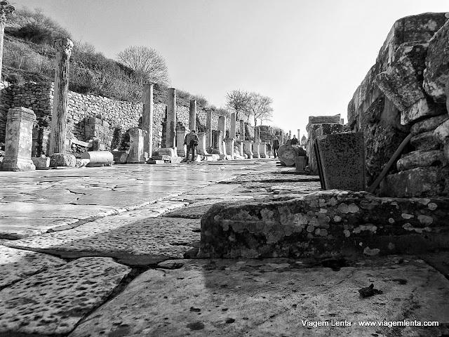 Uma das ruas da cidade de Éfeso
