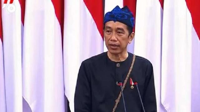 Viral Jokowi Pakai Baju Adat Badui Dihina Netizen