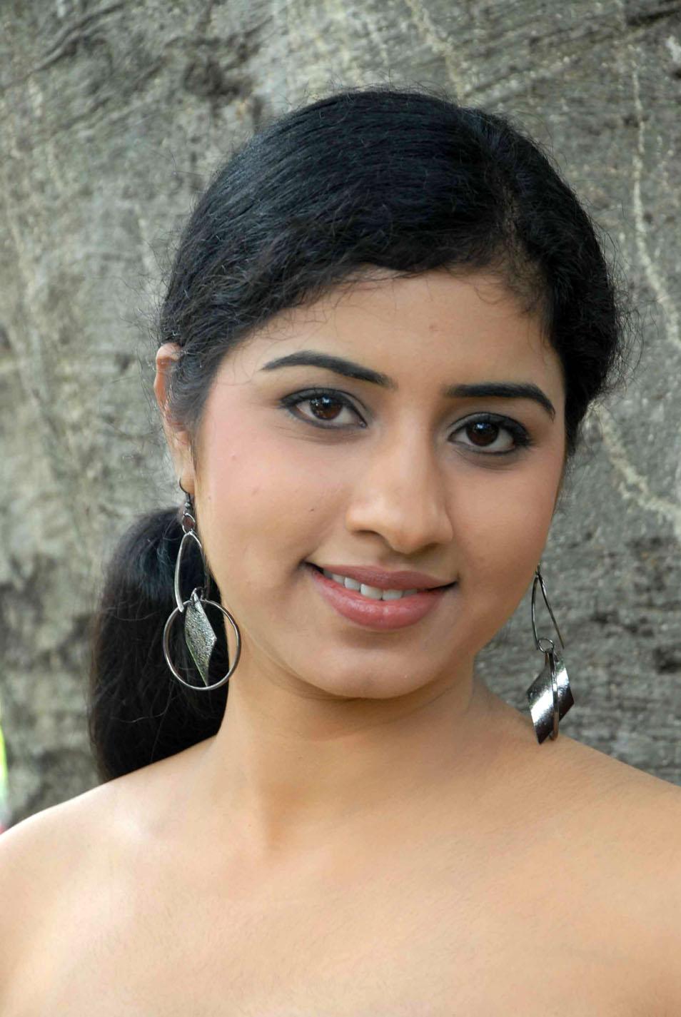 Desi indian tamil telugu kannada malayalam hindi horny cheating wife vanitha wearing blue colour saree showing big boobs and shaved pussy press hard boobs press nip rubbing pussy masturbation - 1 10