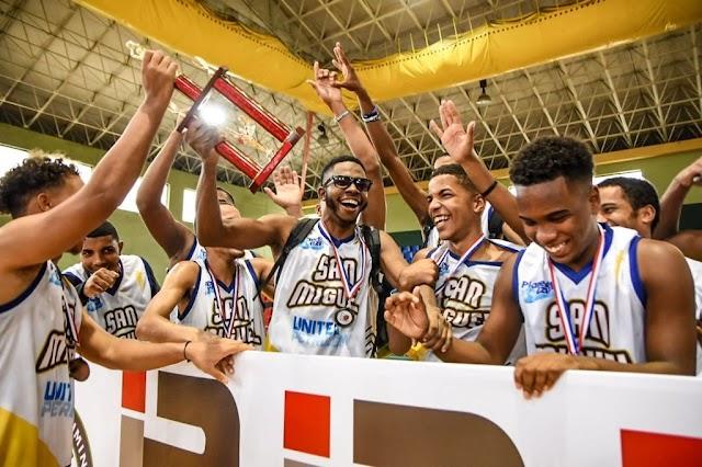San Miguel gana torneo de baloncesto realizado por el diputado Orlando Jorge Villegas