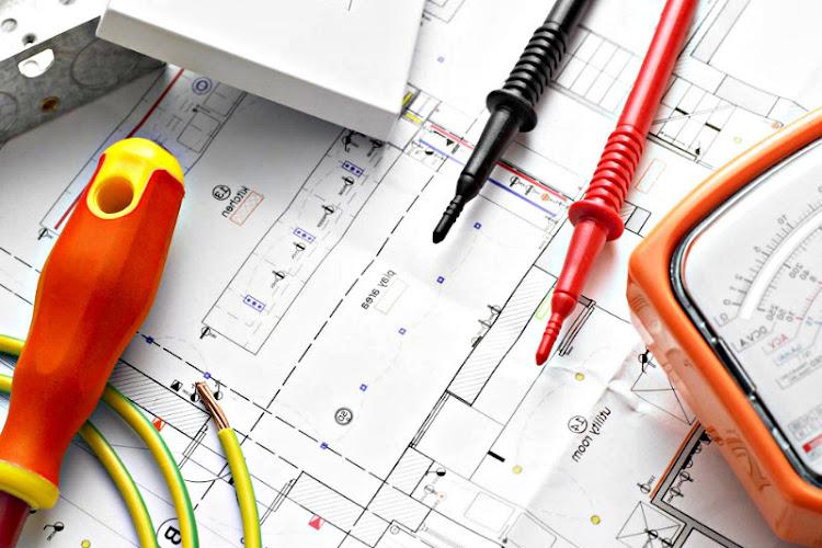 Ingeniería Eléctrica (Principios)