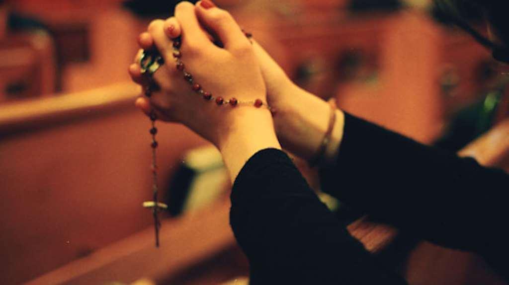 Tuhan, Puisiku Mengemis, Bunda