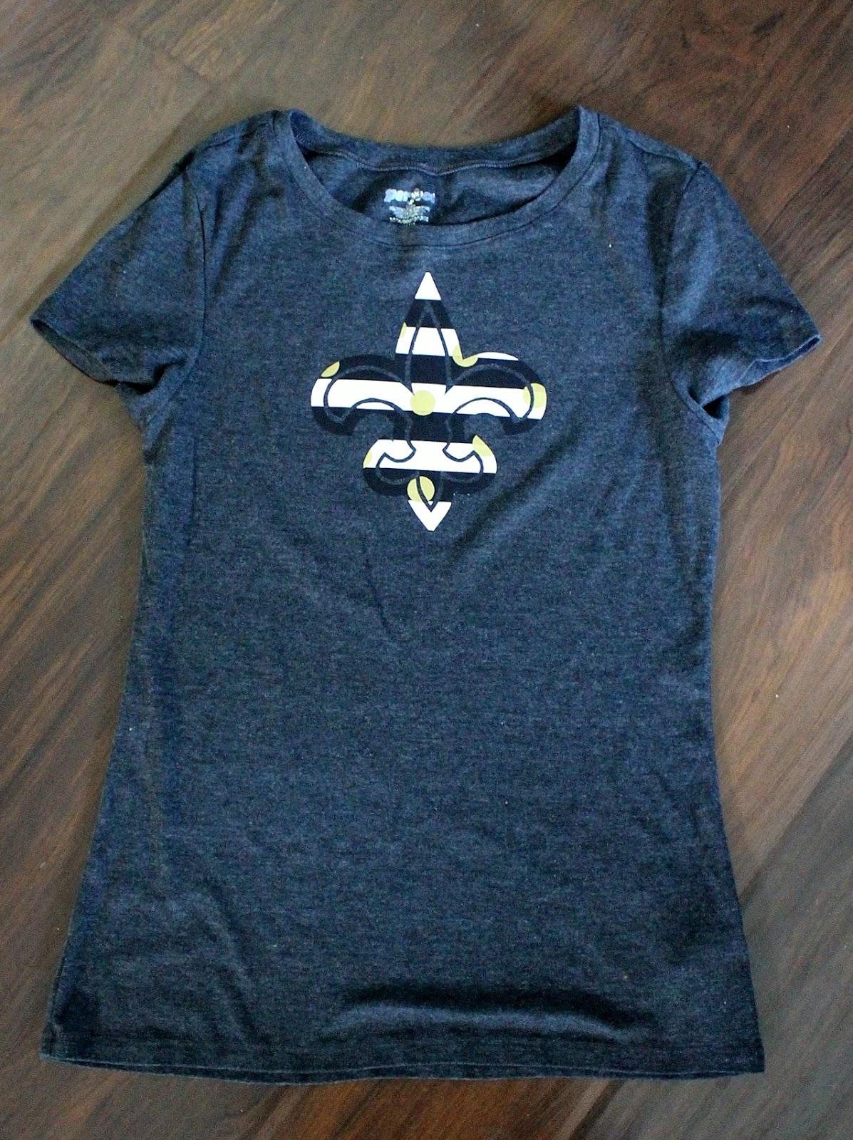Nadia's DIY Projects: 3 DIY New Orleans Saints T-Shirt Designs