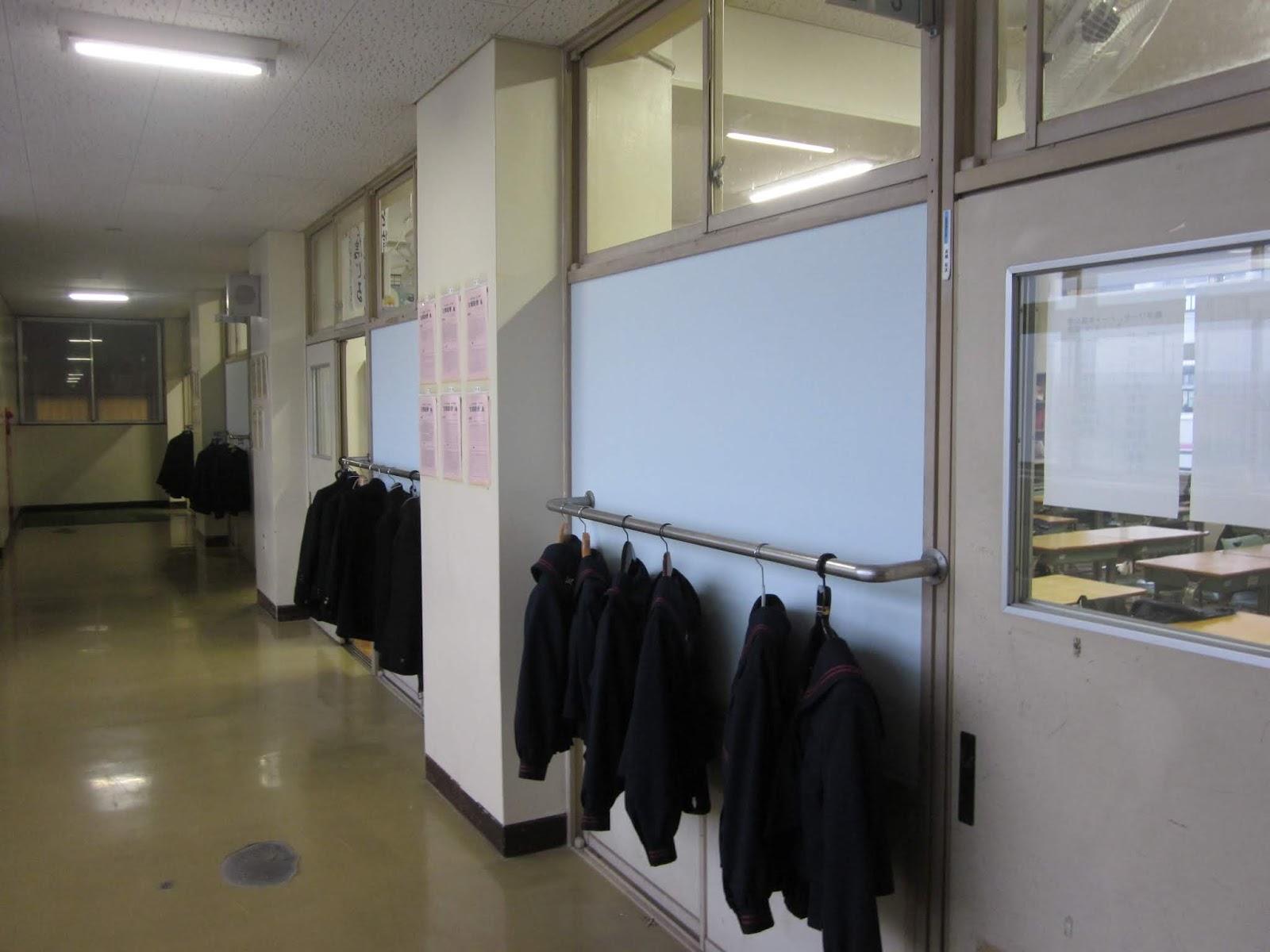 東深井中学校 活動の記録 きれいな壁紙になりました