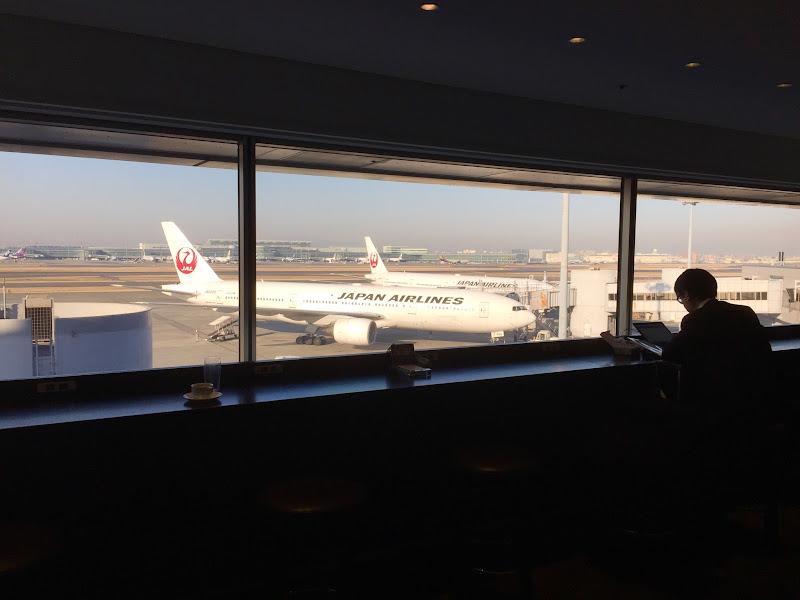 パリ発羽田行きのJAL便で定員オーバーで離陸寸前 | JALメモ