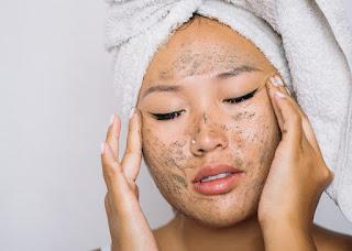 Masker wajah alami anti aging