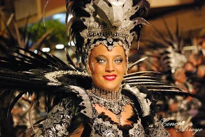 Bello traje de las fiestas de Carnaval de Aguilas de 2019