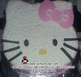 Hello Kitty Cake Kepala