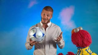 celebrity, David Beckham, Elmo, the word on the street Persistent, Sesame Street Episode 4312 Elmo and Zoe's Hat Contest season 43