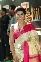 Sneha Looks Super cute in Red Silk Saree at IIFA Utsavam Awards 015.JPG