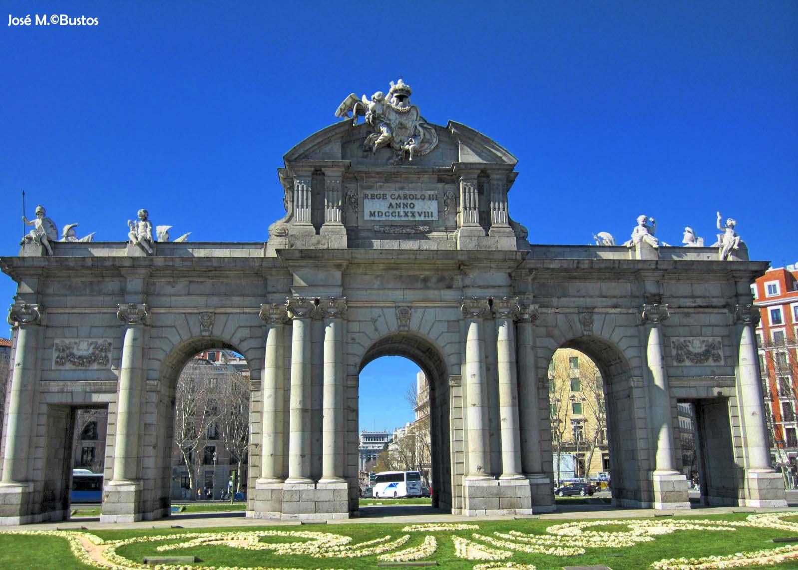 Miradas de madrid el palacio del buen retiro 2 parte for Puerta 6 autodromo hermanos rodriguez ubicacion