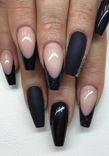"""""""Metallic Black"""" i matt och glans, svart fransk och svart glitterfransk"""