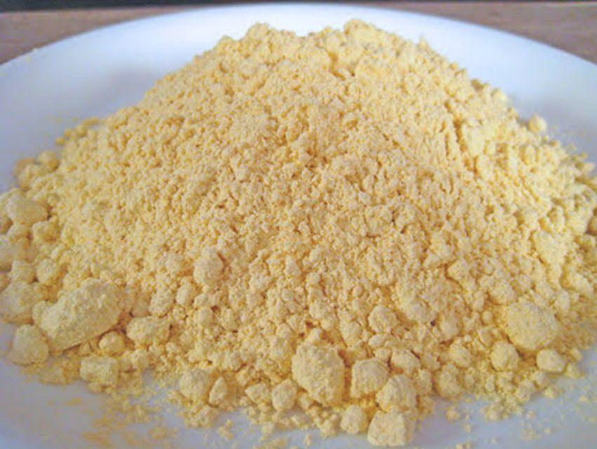 बेसन, शहद, दूध की मलाई और नींबू का रस से फेस को चमकाने के आयुर्वेदिक तरीके