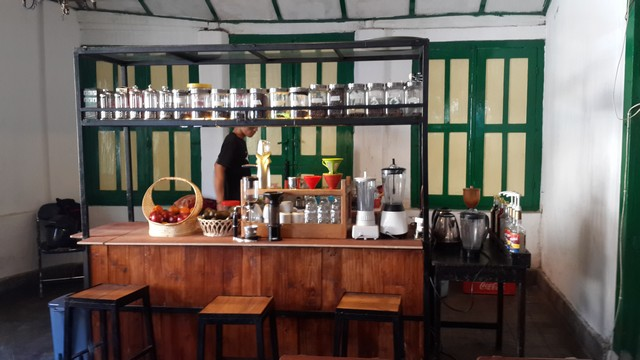 Angkringan Unik dan Artistik, Hanya di Kedai Angkringan Margo Mulyo Jogja