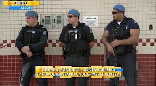 Balneário Camboriú (SC) monta barreiras fixas da Guarda Municipal em rua com ocorrências de tráfico de drogas