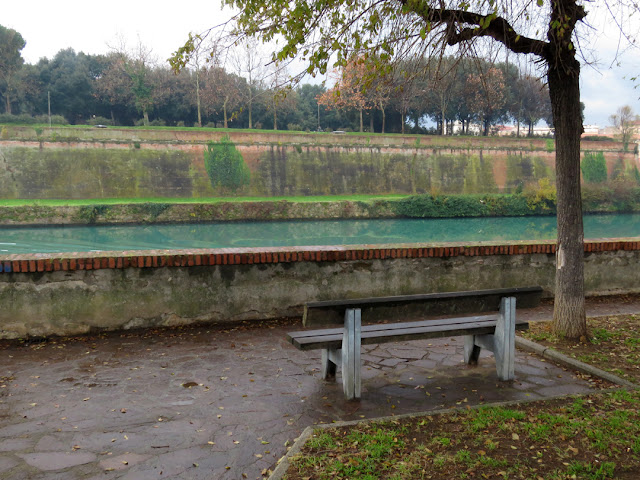 Rainy morning in autumn, almost winter, Scali del Pontino, Livorno