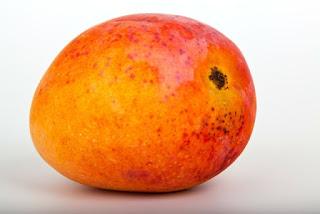 Mango-Health-Benefits-in-Hindi, Mango-Benefits-in-Hindi, Mangoes-in-hindi, aam- khane- ke- fayde, आम- के-  गुण
