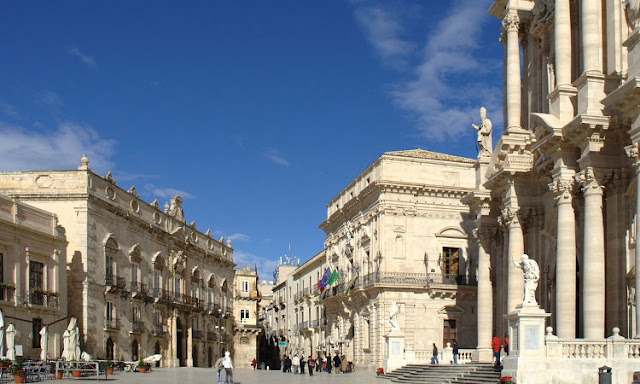 Piazza Duomo in Siracusa
