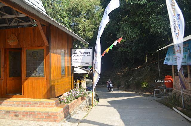 Lokasi Basecamp Gunung Lembu di Kampung Panunggal, Desa Panyindangan, Kecamatan Sukatani, Purwakarta, Provinsi Jawa Barat |  ©JelajahSuwanto