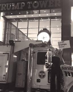 la-cantante-lady-gaga-hizo-protesta-temprano-en-la-manana-frente-al-trump-tower-en-nueva-york