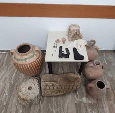 Σύλληψη 59χρονου για αρχαιοκαπηλία και οπλοκατοχή