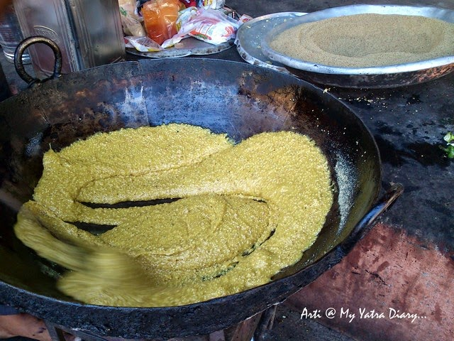 Churma being cooked, Jaipur food, Authentic Rajasthan