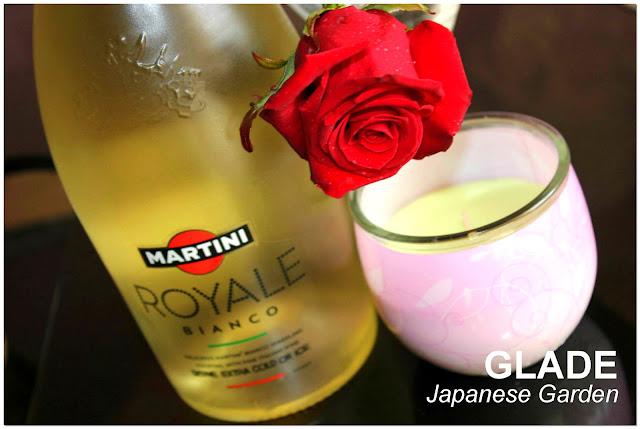 Отзыв: Ароматизированная свеча «Японский сад» Glade Japanese Garden.