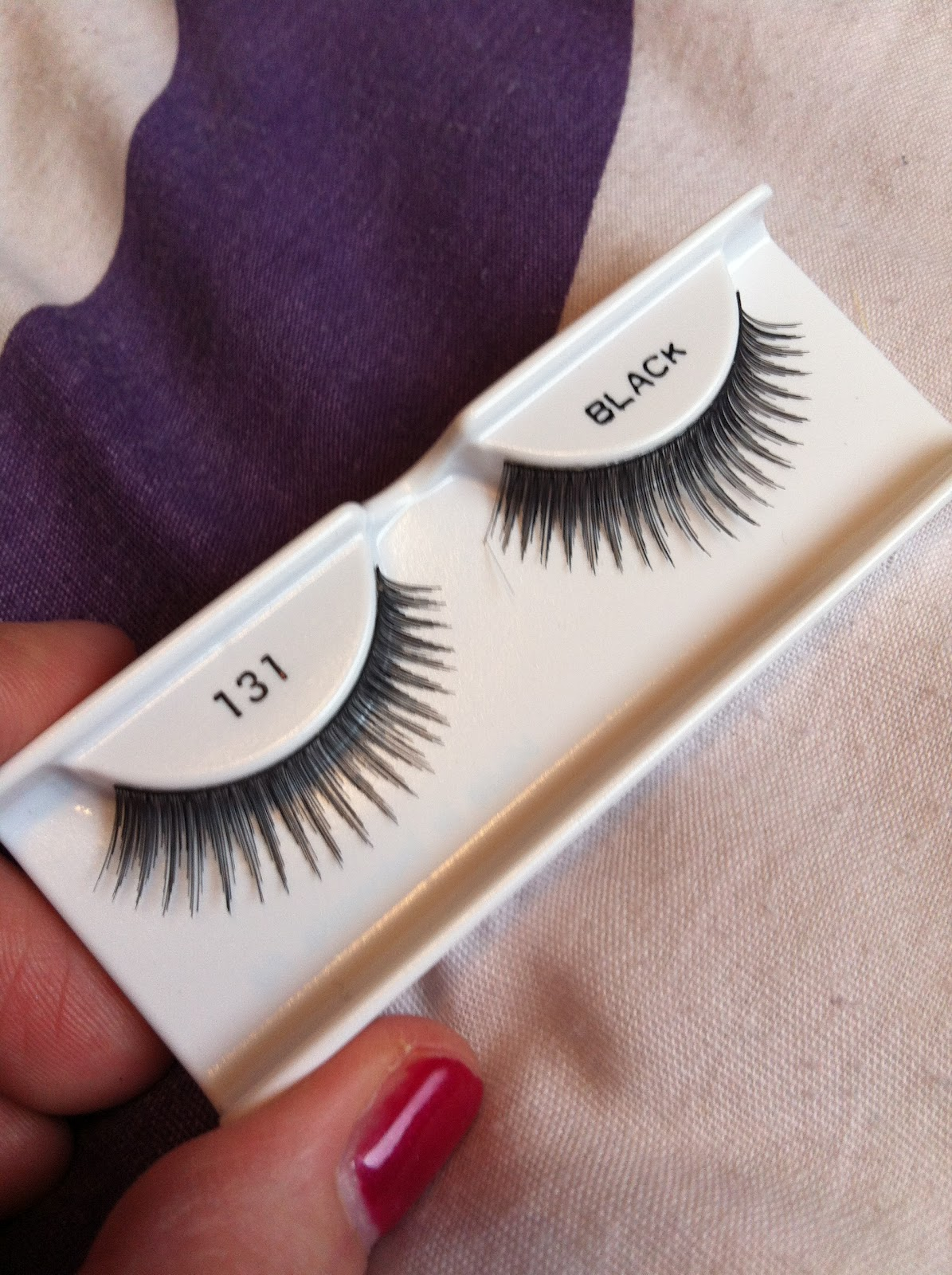 36d92e233fe These #131 lashes are perfect for those of you who like to wear fake lashes  but dont like anything too over the top, yet you want to vcreate a really  define ...