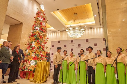 Joy~Nostalg Manila Supports Local Art, Music & Craftsmanship This Christmas