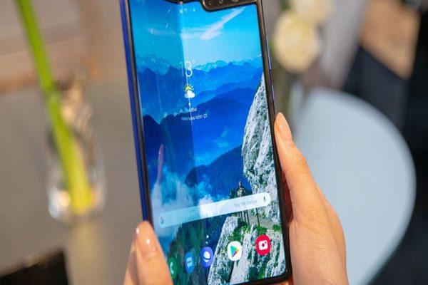 تقارير: شركة ون بلس ستكشف عن هاتفها القابل للطي