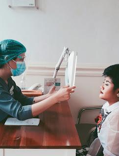 Konsultasi bersama dokter