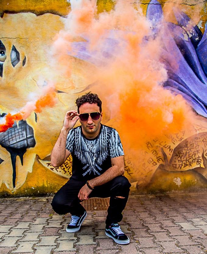 Samih, divertimento e positività nel nuovo singolo 'Sotto il palco si fa il botto'