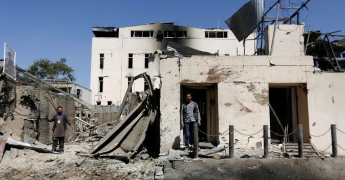 Un'autobomba uccide almeno 10 persone in Afghanistan