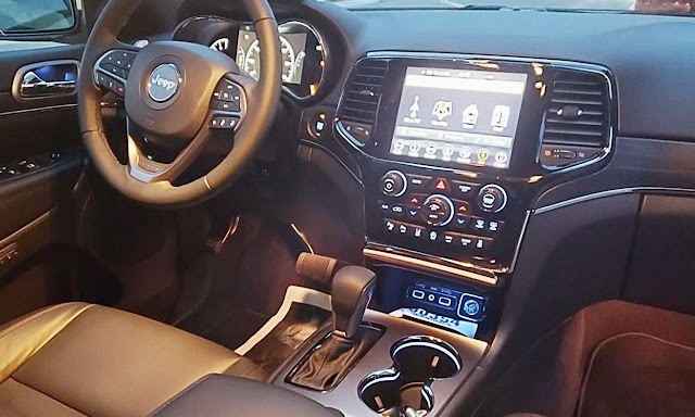 jeep-grand-cherokee-limited-x-interior