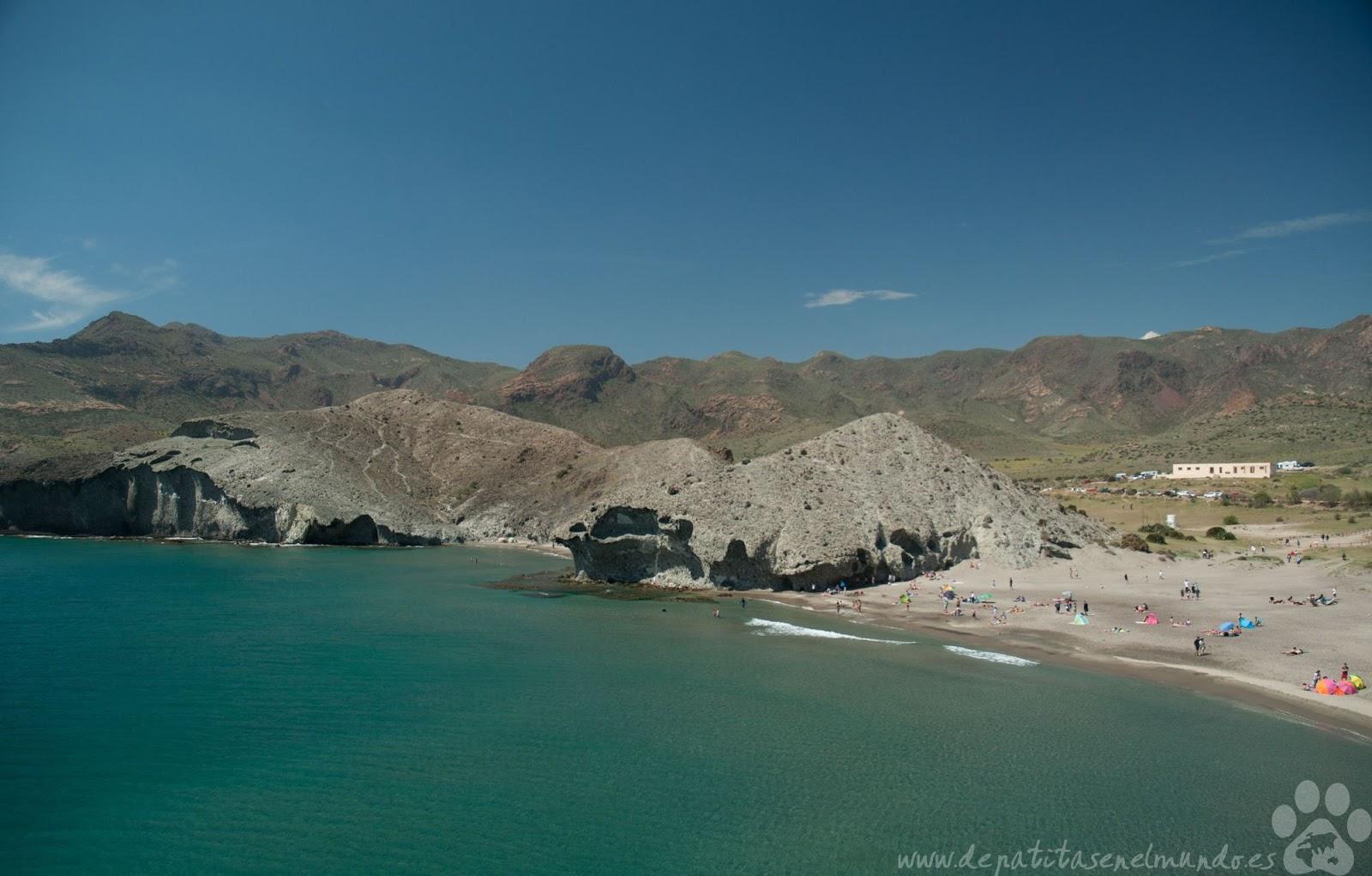 Playa del Monsul y Cala de la Media luna en Cabo de Gata
