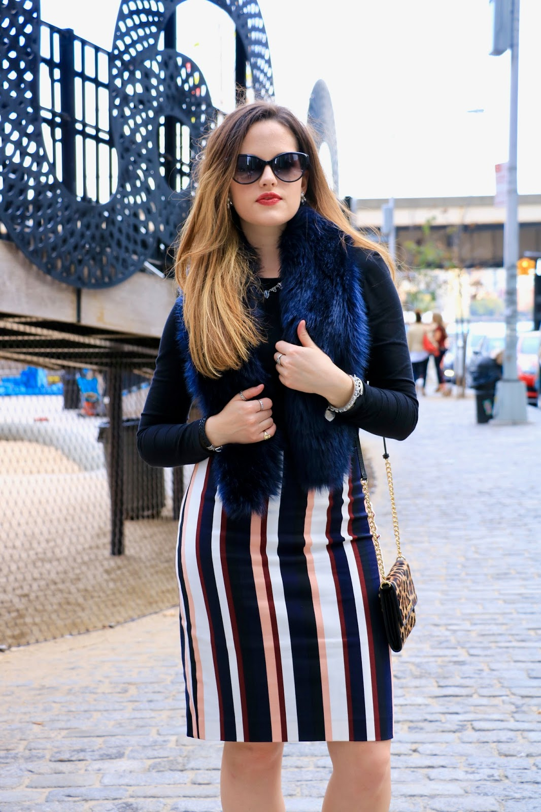 Nyc fashion blogger Kathleen Harper showing how to wear a striped pencil skirt