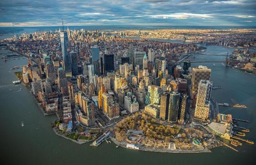 10 Kota Di Dunia Yang Paling Mahal Untuk Perjalanan Bisnis