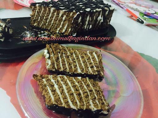 Zebra Desenli Bisküvili Pasta
