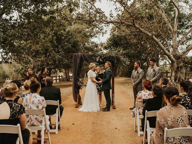 SUNSHINE COAST WEDDING CELEBRANT MARRIAGEBEAUX ART CO PHOTOGRAPHY