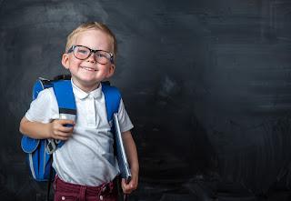 صور اطفال فى المدرسة