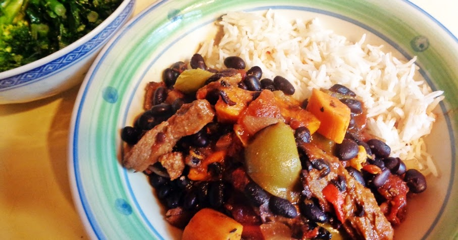 SPICY SPUR-OF-THE-MOMENT MELANGE OF BLACK BEANS, ROASTED VEGETABLES & SEITAN (OR ALTERNATIVE)