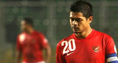 """Sejak kecil, pemain yang membela skuad Persija Jakarta dengan nomor punggung 20 ini sudah menggeluti sepak bola. Bepe kecil tergabung di beberapa klub lokal sejak ia berusia delapan tahun, seperti di SSB Getas (1988-1989), SSB Ungaran Serasi (1989-1993) dan Klub Diklat Salatiga (1996-1999). Bepe beraksi di rumput hijau tingkat internasional pertama kali sebagai pemain timnas U-19 di turnamen Piala Asia. Ketika itu Bepe berhasil mengantongi gelar """"Top Scorer"""" dengan mencetak tujuh gol selama turnamen berlangsung. Prestasi yang ditorehkannya tersebut memberinya modal untuk mencoba seleksi pemain Persija pada 1999 dan ia pun lolos."""